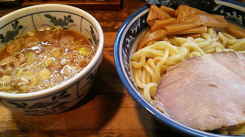 "【Eating】Tonikaku""兎に角"""